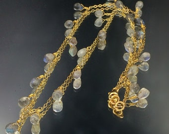 Labradorite Necklace, Wire Wrapped, Minimalist Jewelry, Simple Everyday, Labradorite Dangle Necklace Gold Vermeil