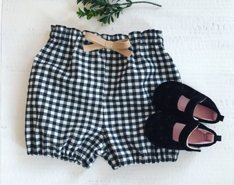 Black and white gingham bloomers, Baby bloomers, girls bloomers, bloomers, toddler bloomers, gingham shorts for girls, black & white, twill