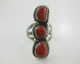 Size 8 1/4 - Vintage Southwestern Sterling Silver 3 Stone Red Coral Ring