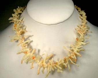 Vintage Italian White Branch Frangia Coral Necklace, 1960s Mermaid Spike Necklace w Angel Skin Coloring, Real Bounty of the Sea