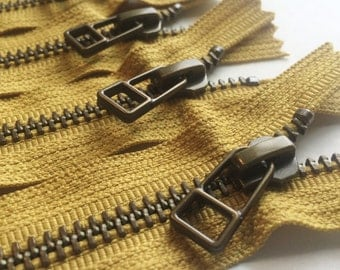YKK metal zippers -antique brass finish -DHR wire style pull- (5) pieces - Monster Snot Green Gold 828- Available in 9,10 and 14 Inch