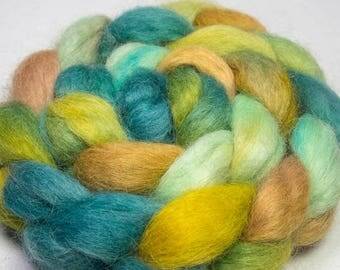 Hand painted Spinning wool, Masham, hand dyed roving, felting fiber, green Masham, hand dyed fibre, British breed wool , Waterfall