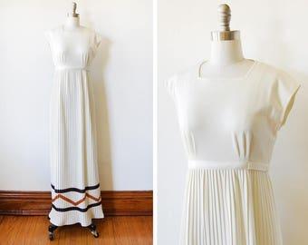 70s white maxi dress, vintage 1970s Jonathan Logan dress, empire waist cap sleeve pleated dress, extra small xs