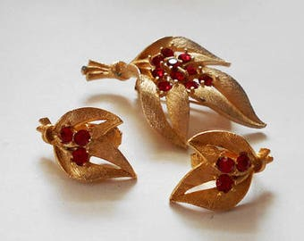 Vintage Gold Tone Brooch and Earrings Set with Red Rhinestones