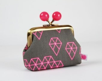 Metal frame coin purse with color bobbles - Geo drops in pink - Color mum / Cotton and Steel / Rashida Coleman Hale / grey neon pink