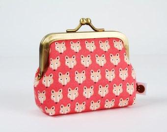 Metal frame change purse - Chibi foxes on pink - Deep mum / Kawaii fabric / Mini fox / light brown beige / blush