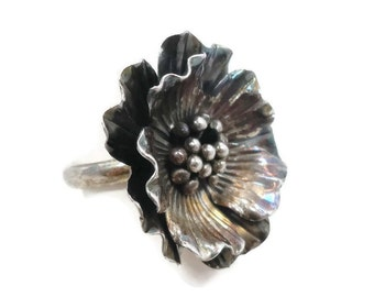 Flower Ring, Sterling Silver, Vintage Ring, Thailand, Big Statement Ring, Boho Bohemian, Vintage Jewelry, Size 8 1/2, Large, Dogwood Flower