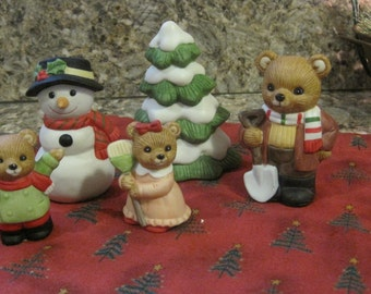 Set of 5 Sweet Vintage Homco Teddy Bears Snow Day 5101
