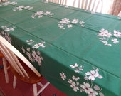 Wilendur tablecloth/dogwood blossom/extra large/vintage linens/table linens/84 x 62/dining/green tablecloth