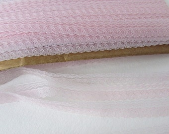 Vintage Trim Pale Pink Lace Scalloped 1/2 inch rib0059 (2 yards)