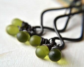 Rustic earrings, copper and glass bead earrings, bohemian earrings, black copper earrings - Grasslands
