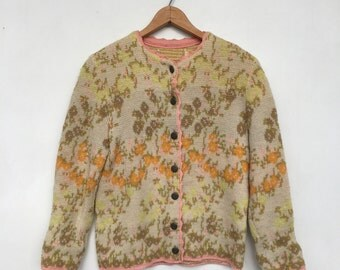 Vintage 50s/60s Floral Chunky Knit Cardigan Sweater