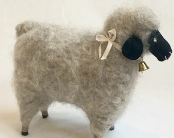Needle Felted Sheep/Ewe Natural) Baaaaa