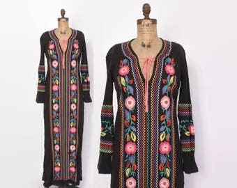 Vintage 70s Embroidered Gauze Caftan / 1970s Ethnic Black Loose Fit Maxi Dress Cover-Up