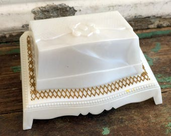 Vintage Plastic Pearl Presentation Ring Box Carved Footed