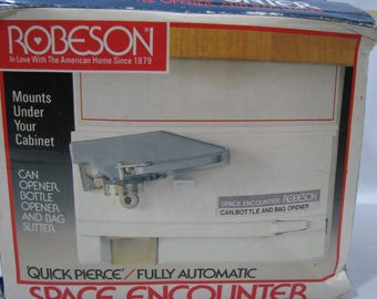 Vintage Robeson Space Encounter Under Cabinet Mount Automatic Can Opener NEW IN BOX
