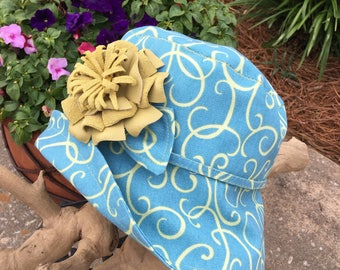 Swirl Sunhat and Flower Pin