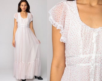 Gunne Sax Dress 70s Maxi Prairie FLORAL Bohemian Lace FLUTTER Sleeve Summer 1970s Boho Hippie White Pink Calico Print Tiered Vintage Small