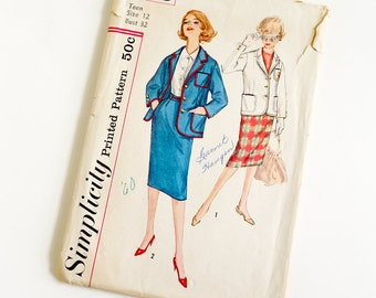 Vintage 1960s Womens Teen Size 12 Blazer and Skirt Simplicity Sewing Pattern 3198 Complete / bust 32 waist 25