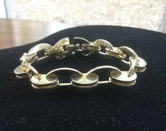 ON SALE Vintage Monet Chunky Modernist Link Bracelet