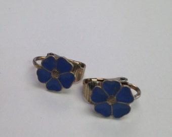 Vintage Mid-Century Clip On Earrings in Soft Blue Enamel
