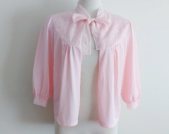 Vintage Bed Jacket // 1960's Pastel Pink Nylon Lace Bed Jacket w/ Bow // Baby Pink Lingerie Cover Up // Peignoir Blouse // 1960's Nightwear