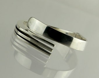 Vintage Mexican Sterling Clamper Bracelet - Modernist Design