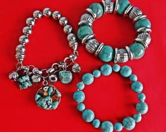 Lot a 3 stretchy Vintage  bracelets with turquoise stone theme in great condition, appears unworn