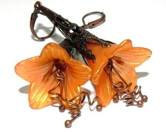 Orange and Gold Trumpet Flower dangle earrings - Dark Copper Filigree Cone