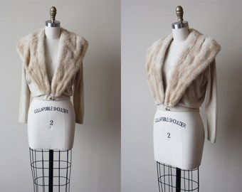 1950s Sweater -  Vintage 50s Cream Neutral Buff Blonde w Largh Mink Fur Collar Cashmere Cardigan M L - Hadley Cardigan