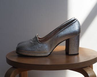 1960s Mod 1970s Disco Silver High Heel Platform Pumps