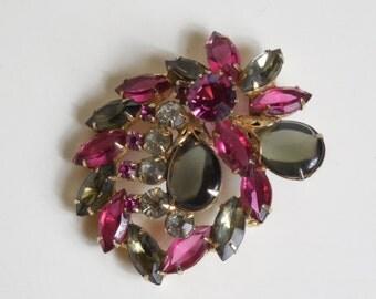 1950s Vintage Juliana D&E Brooch Pink and Gray Crystal Rhinestone