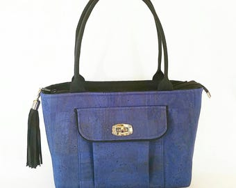 Blue cork shoulder bag
