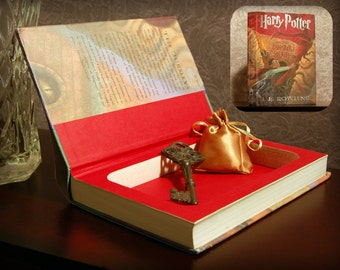 Hollow Book Safe (Harry Potter and The Chamber of Secrets)