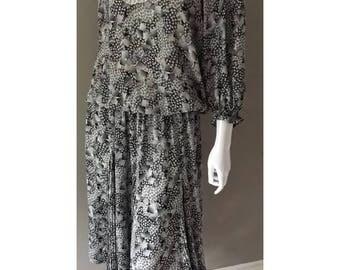 Vintage 1980s Designer Diane Freis Bold Print Dress With Matching Head Scarf