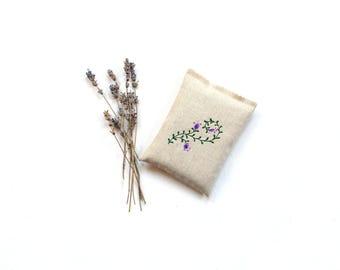 Lavender sachet, embroidered flower on linen, organic lavender aromatherapy, Mothers day gift under 10, drawer freshener