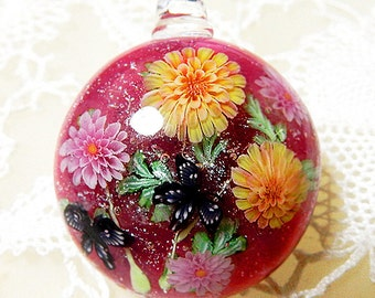 Pink & Yellow Dahlia Flower with Butterfly Satake Glass Lampwork Flower Pendant sra