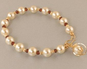 White Pearl Gold Bracelet,  White Pearl and Red Garnet Gemstone Single Strand Gold Bracelet Gift For Her, Pearl and Garnet Gemstone Bracelet