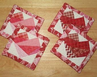 Valentine's Day Mug Mat ~~ Valentine Decor ~~ Spring ~~ Quilted Mug Mat ~~ Kitchen Decor ~~ Coaster ~~ Set of 2 ~~ FAAP ~~OFG Team ~~ HDM