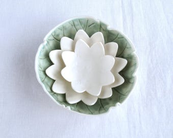Water LILY bowl set, two flower bowls and one leaf bowl in white porcelain for food, bathroom storage, jewellery trays, candles, tealights