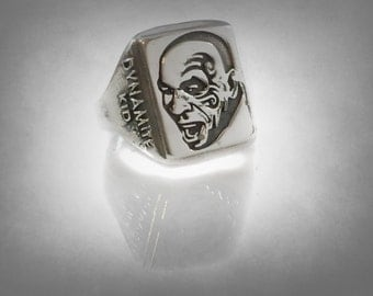 MIKE TYSON Kid Dynamite  Sports boxing ring sterling silver  925