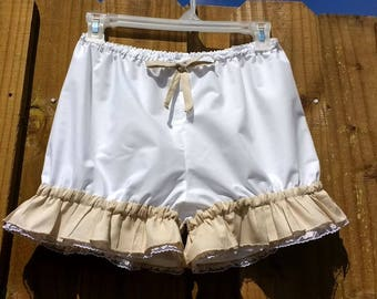 On Sale White bloomers with light tan ruffles and heart lace Size Small