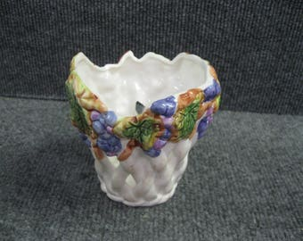 Woven porcelain Planter decorated with grape made in Italy