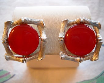 Vintage Lisner Clip Earrings Red Thermoset Silver Bamboo Trim FREE SHIPPING