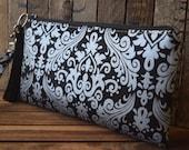Black and Metallic Silver Wristlet, Bridesmaids Bag, Phone Bag, Smart Phone Wristlet, Custom Made Wristlet, Bridesmaids Gifts, Weddings