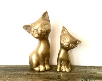 Brass cat figurines / Pair of Brass Cat