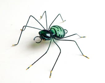 Medium Hanging Green Spider, Wire Art, Copper Wire Spider, Spider Ornament, Wall Hanging, Window Art, Army Spider, Unique Nature Gift