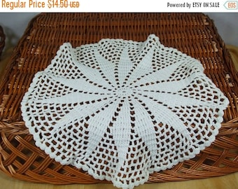 SALE 50% OFF Vintage Lace Doily-set of two