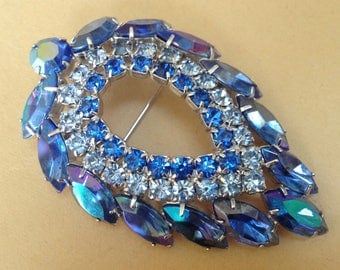 Sarah Coventry Blue Lagoon Aurora Borealis Brooch - Juliana D&E – 1960s Jewelry