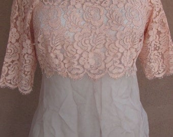 1940's -Lace and Silk Crepe Short Sleeves Top